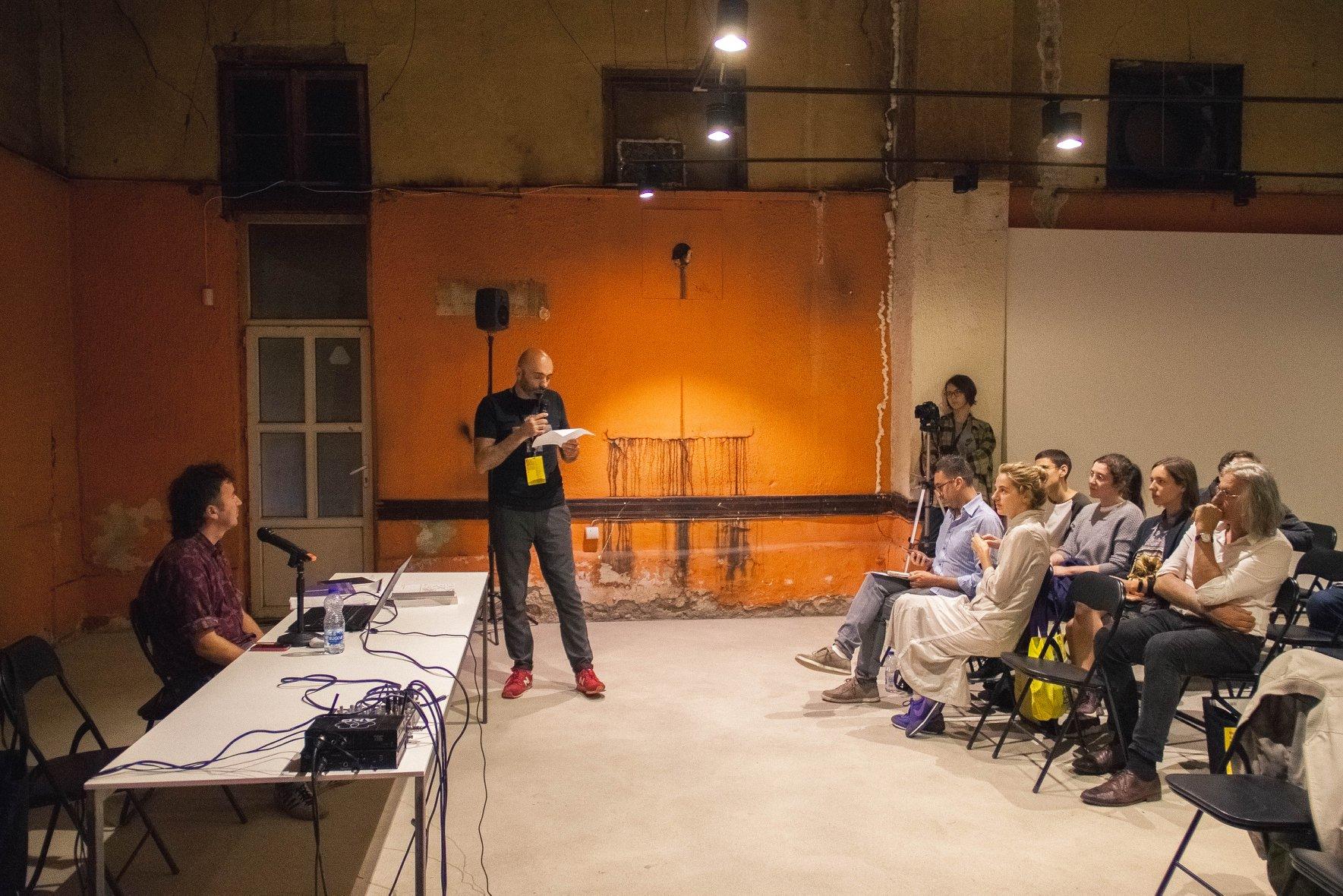 Sezgin Boynik: Mësimi i Teorisë për Studentët e Artit